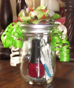 Manicure Jar directions at The Frugal Find, link above