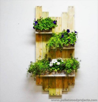 diy-pallet-wall-planter